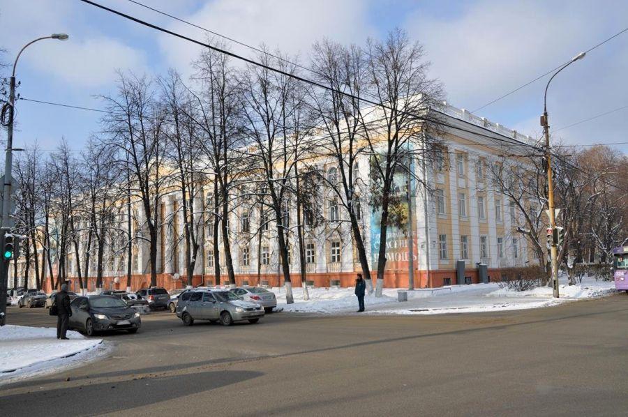 Уральский институт Государственной противопожарной службы МЧС России фото