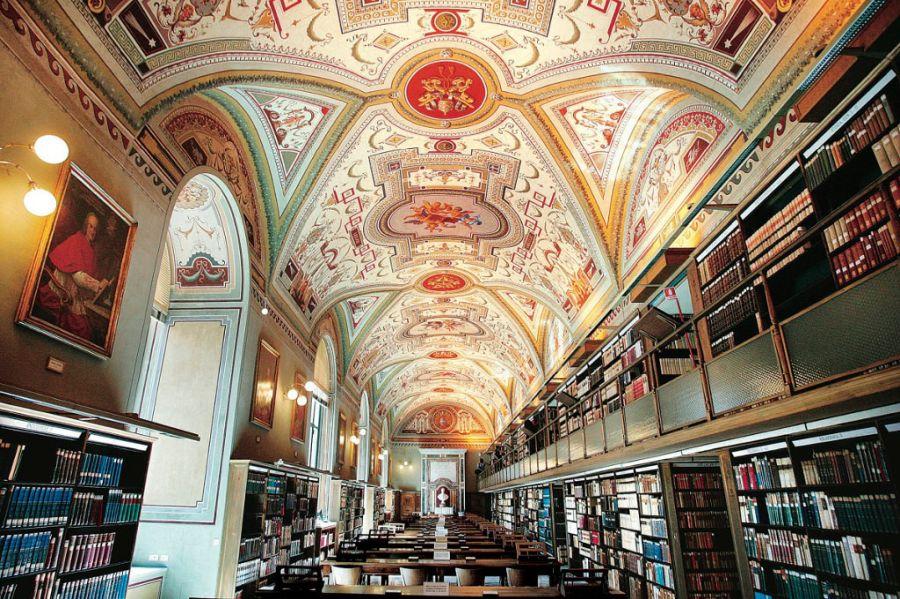 Ватиканская библиотека фото