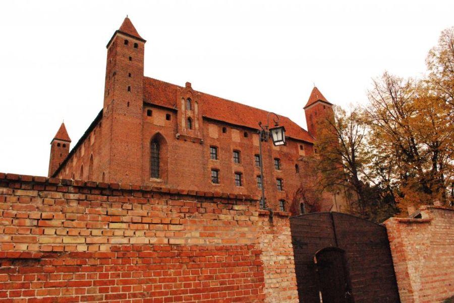 Замок Гнев фото