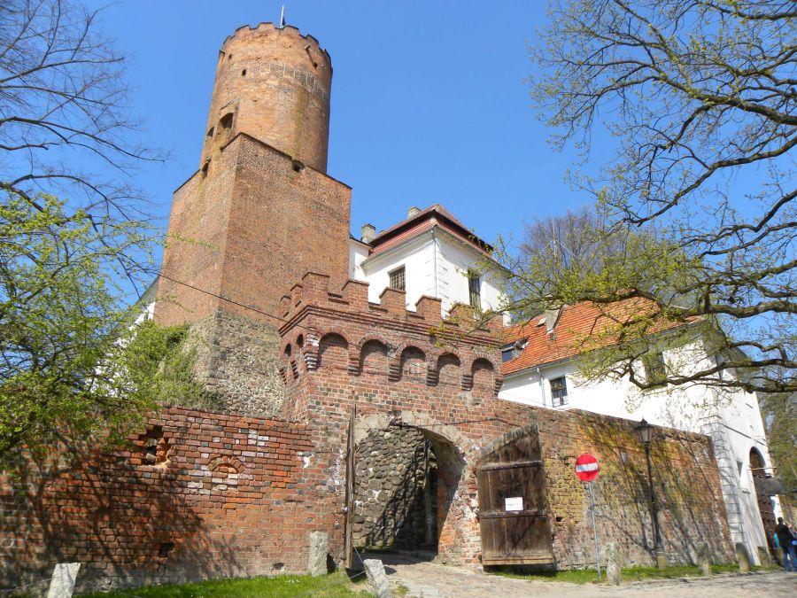 Замок иоаннитов фото