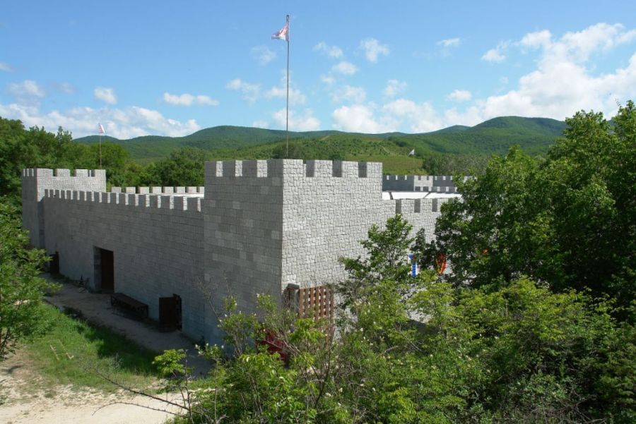 Замок Львиная голова фото