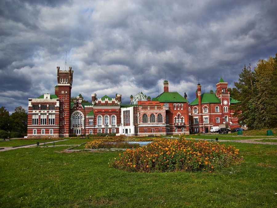 Замок Шереметьева фото