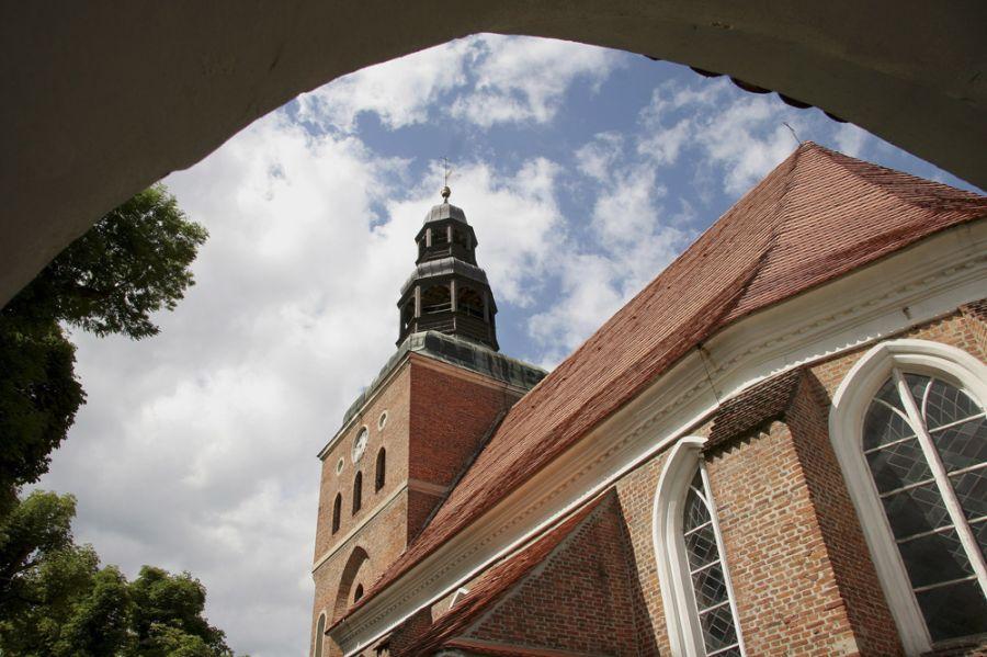 Замок Тучно фото
