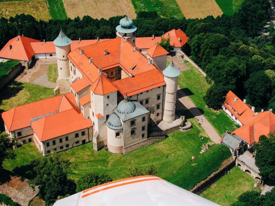 Замок в Ново-Виснич фото