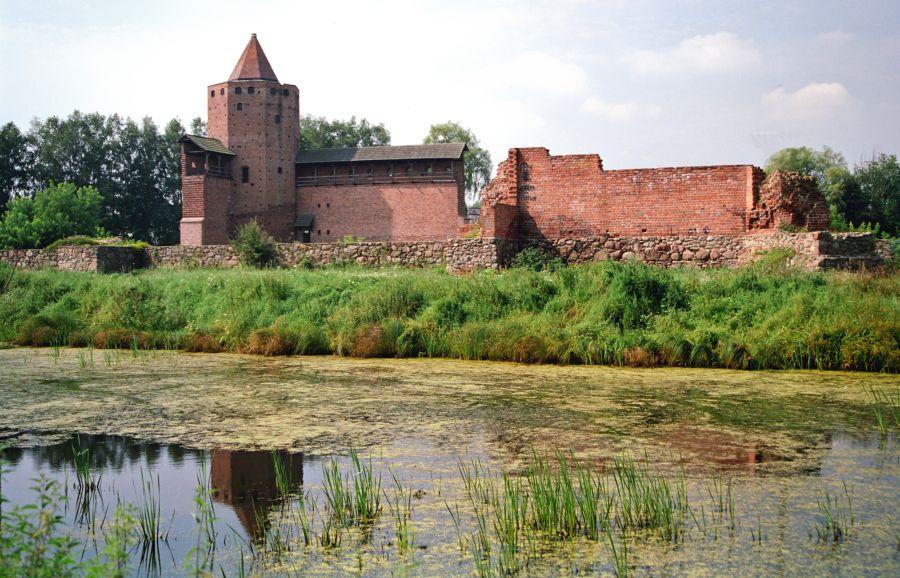 Замок в Раве Мазовецкой фото