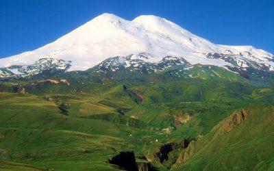 Самая высокая гора России и Европы – Эльбрус