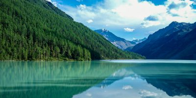 Озеро Алтая